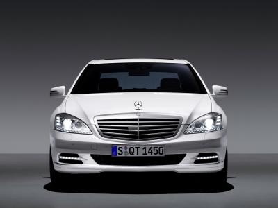 mercedes-classe-s-restyling-e-ml450-hybrid-i-video-ufficiali