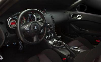 nuova-nissan-370z-roadster-edizione-2010-05