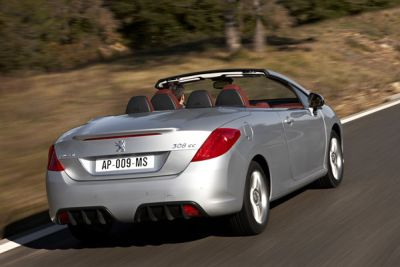 nuova-peugeot-308-coupe-cabriolet-01