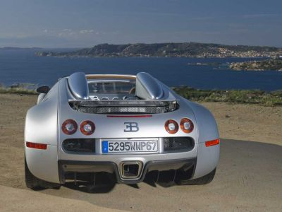 Bugatti 16.4 Grand Sport: versione roadster della Veyron