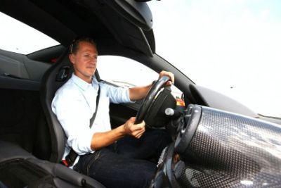 Hot laps a bordo di una Ferrari 599 GTB HGTE guidata da Schumacher il video 01