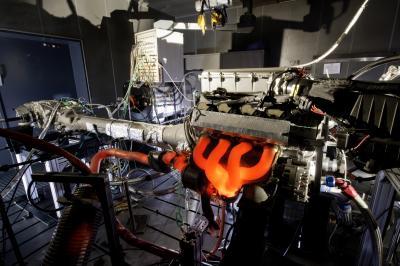 """Il V8 da 6,3 litri di AMG è """"Best Performance Engine"""" e """"Above 4 litre"""""""