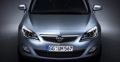 Nuova Opel Astra 04