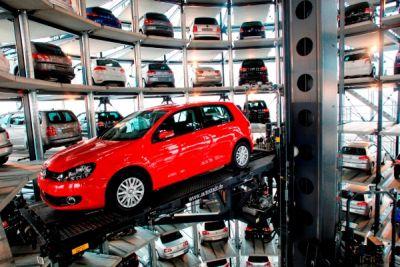 Autostadt il parco tematico del Gruppo Volkswagen compie nove anni 00