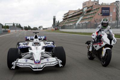 Heidfeld e Corser si scambiano la monoposto di Formula Uno e la moto Superbike 00