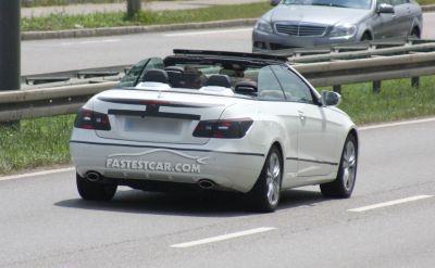 Mercedes Classe E Cabrio nuove foto spia 01