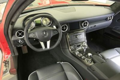 Mercedes SLS AMG Gullwing: nuove immagini