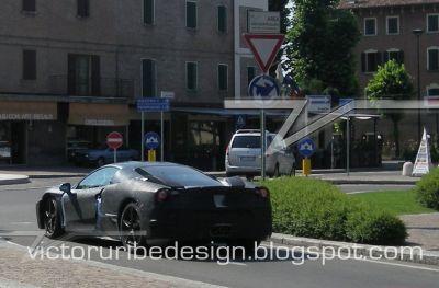 Nuova Ferrari F450 test drive per le strade modenesi