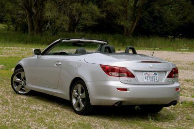 Nuova Lexus IS 250C da cabrio a coupé in soli 21 secondi 00