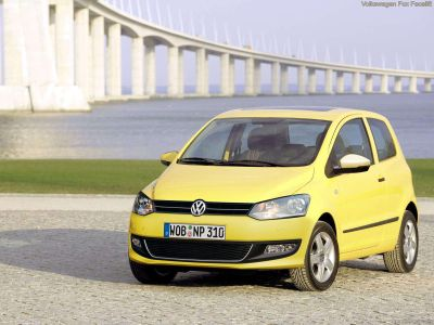 Volkswagen Fox prime immagini del restyling 00