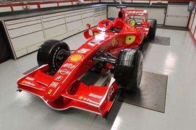 Ferrari Michael Schumacher torna al Mugello ed inanella ben 67 giri