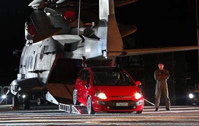 Fiat Punto Evo: la portaerei Cavour come location per il debutto