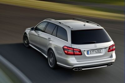 Mercedes E 63 AMG Station Wagon (immagini e video)