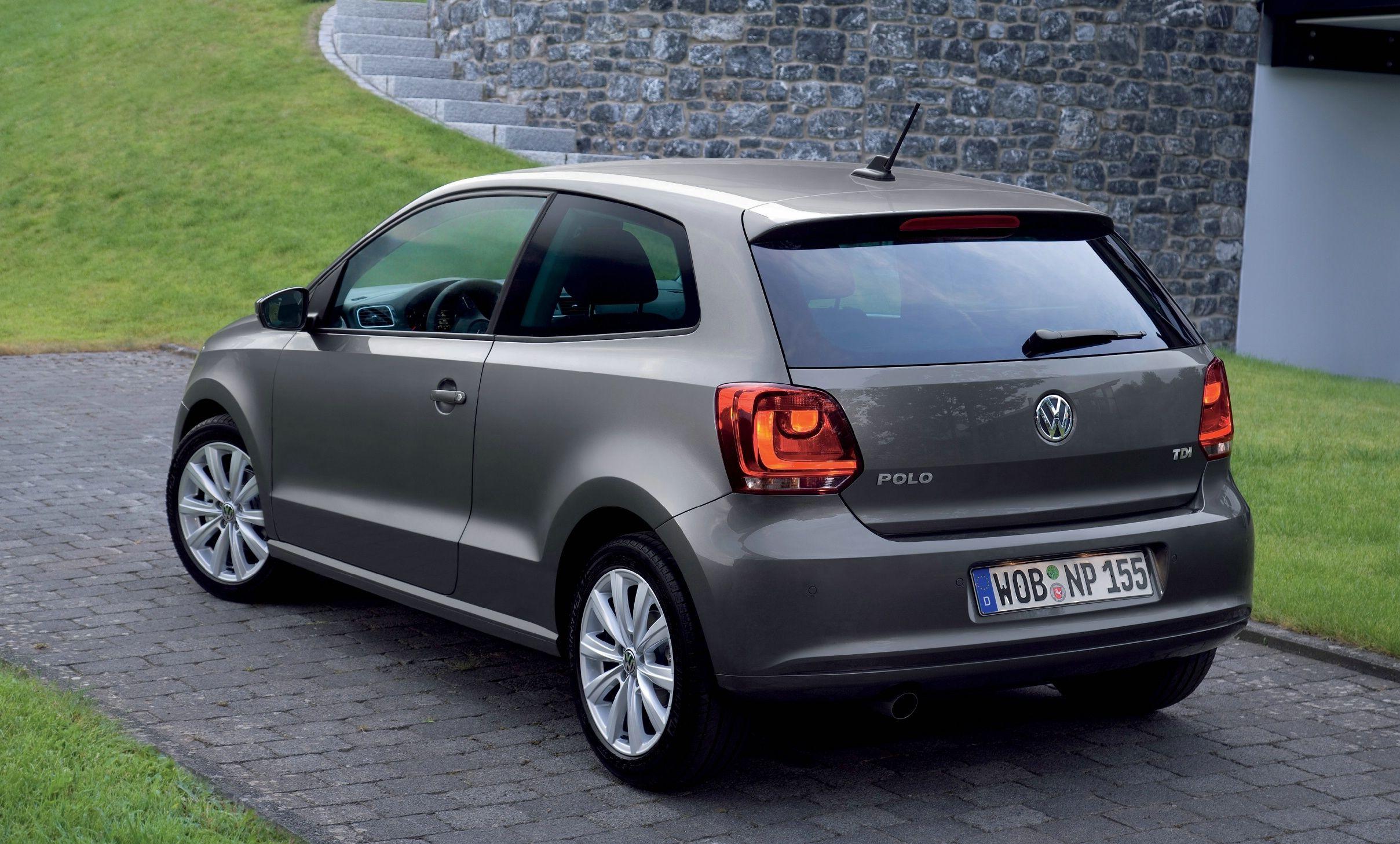 nuova volkswagen polo 3 porte motorizzazioni e prezzi. Black Bedroom Furniture Sets. Home Design Ideas