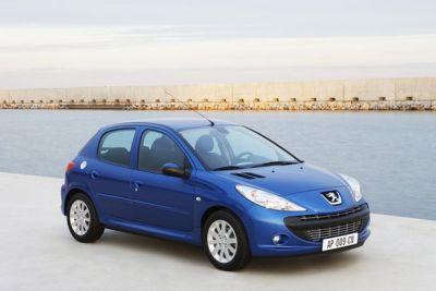 Peugeot 206 PLUS, ora anche a GPL con prezzi da 7.250 €