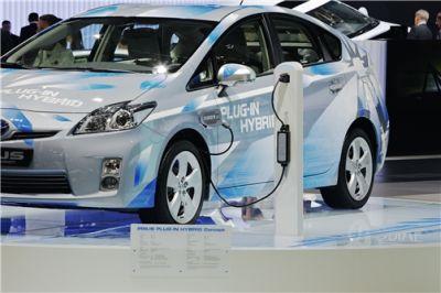 Salva Consumi: ecco la nuova iniziativa Toyota dopo l'Eco Tagliando e il progetto di forestazione