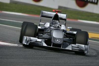 Mercedes: la casa tedesca ha acquisito la maggioranza della Brawn GP