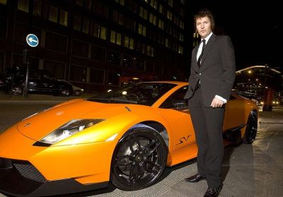 Calendario Pirelli 2010: protagoniste anche le supersportive Lamborghini