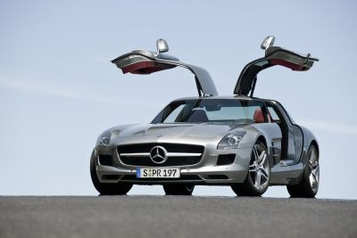 Volante d'Oro 2009 la Mercedes SLS AMG è stata eletta migliore supersportiva del mondo 00