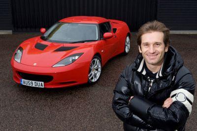 Lotus F1 Racing prima visita di Jarno Trulli ad Hethel 00