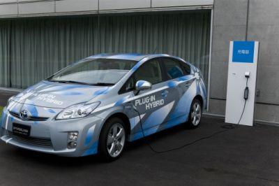 Toyota Prius Ibrida Plug-in