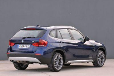 BMW X1 debuttano la entry level sDrive18i e la xDrive25i da 218 CV 00