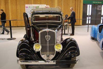 Parigi Retromobile apre i festeggiamenti per i 200 anni di Peugeot 00