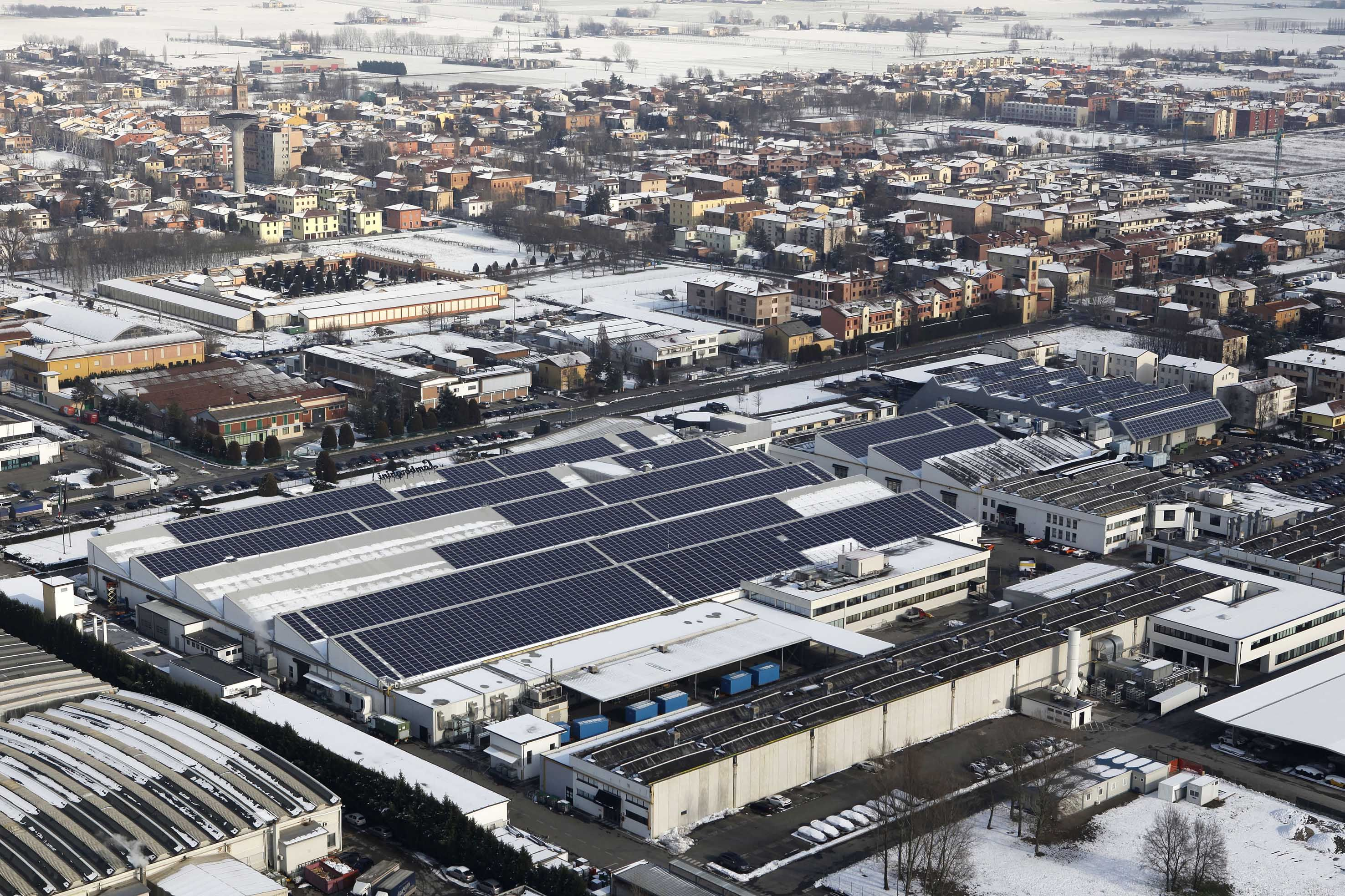 Automobili Lamborghini: inaugurato il nuovo impianto fotovoltaico a Sant'Agata Bolognese