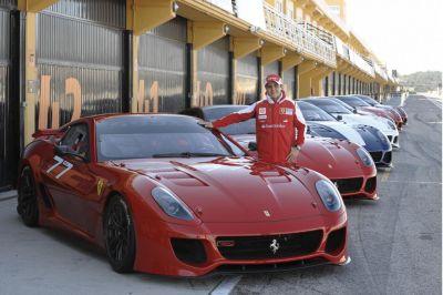 Felipe Massa in pista con la Ferrari 599XX video e immagini 00