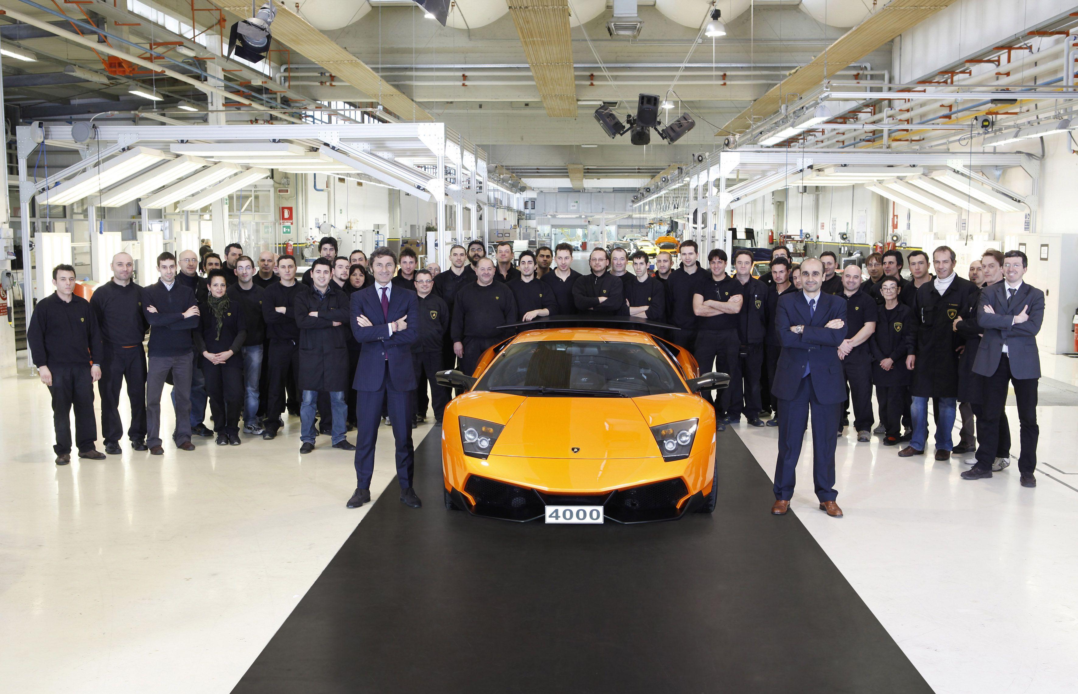 Lamborghini: prodotta la Murciélago con numero di serie 4.000