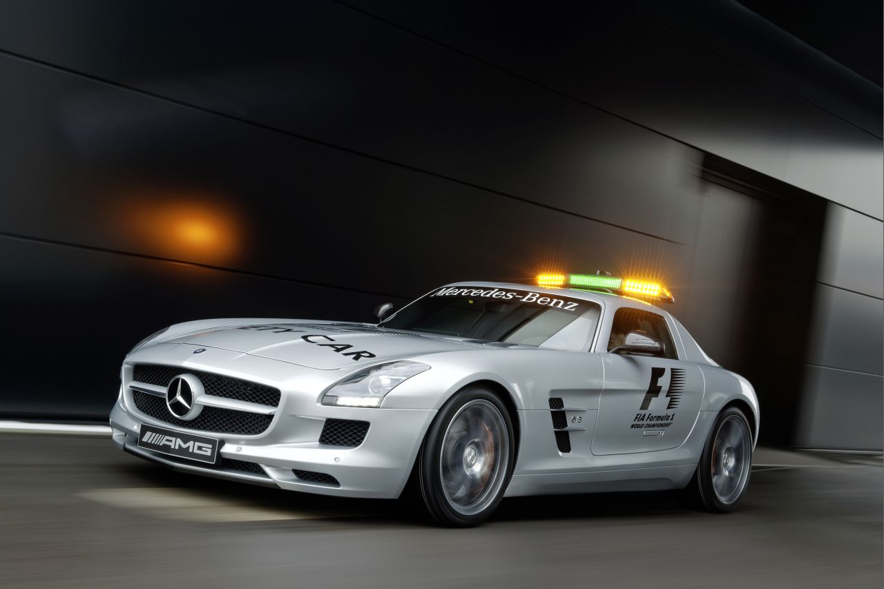 Mercedes-Benz SLS AMG: Official F1 Safety Car