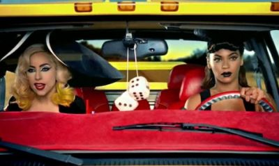 La Pussy Wagon protagonista del video Telephone di Lady Gaga 01