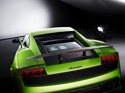 Lamborghini Gallardo LP 570-4 Superleggera 00