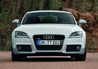 Audi TT Coupé e Roadster  le immagini del restyling 00