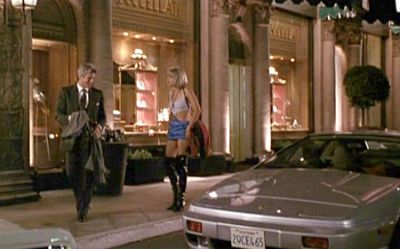 In vendita la Lotus Esprit di Pretty Woman e la Ford Taurus di Robocop 3