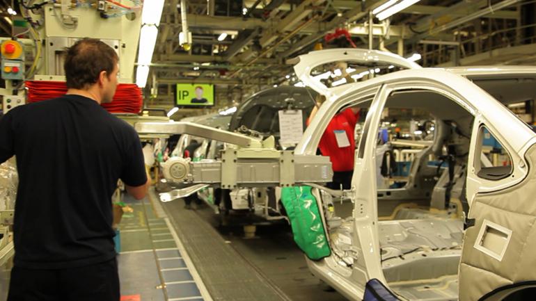Nuova Auris HSD: prima vettura full hybrid realizzata in Europa