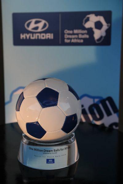 Facebook Hyundai Football tutte le novità sulla Coppa del Mondo e tanti premi in palio