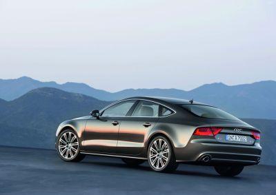 Audi A7 Sportback immagini ufficiali, caratteristiche e prezzi