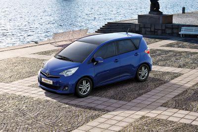Parigi nuova Toyota Verso S e restyling per IQ e Aygo