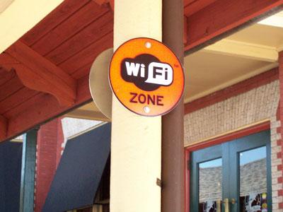 Wind connessioni Wi-Fi gratuite nelle aree di servizio di Autostrade per l'Italia