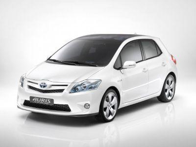 Auris HSD Toyota comunica i prezzi per l'Italia