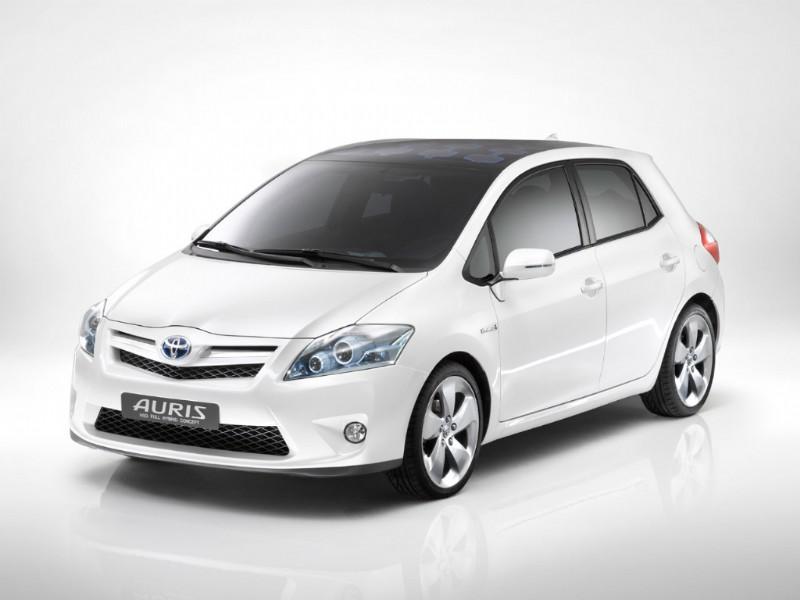 Toyota Auris HSD: il video di presentazione per l'Italia