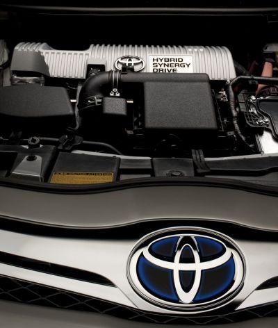 Toyota: nuovo modello full hybrid compatto a partire dal 2012