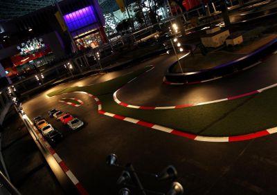 Ferrari World Abu Dhabi tutte le fantastiche attrazioni, create per raccontare la storia, la passione, l'eccellenza, le performance e le innovazioni tecnologiche di Ferrari
