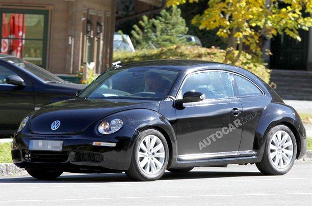 Nuova Volkswagen Beetle: prime immagini in attesa di Detroit
