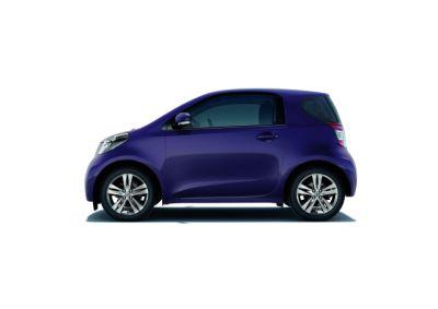 Toyota iQ 2010 immagini e caratteristiche delle nuova gamma