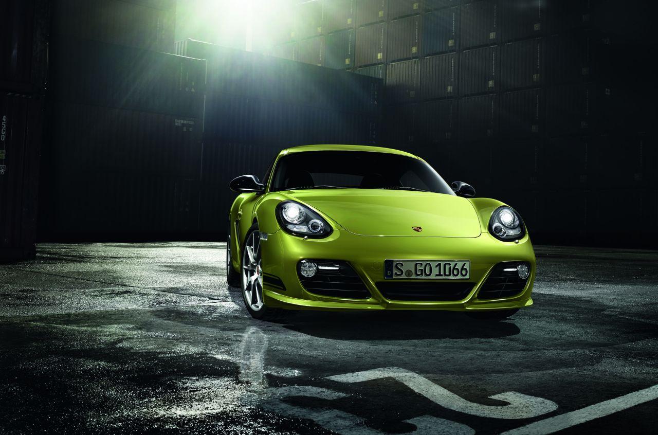 Porsche Cayman R: immagini ufficiali, caratteristiche e prezzo