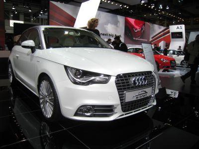 Audi nel 2011 1.200 nuovi posti di lavoro e investimenti per circa 11,6 miliardi di Euro