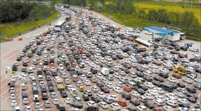 Mal di traffico: stanchezza cronica, mal di schiena, difficoltà respiratorie ed allergie