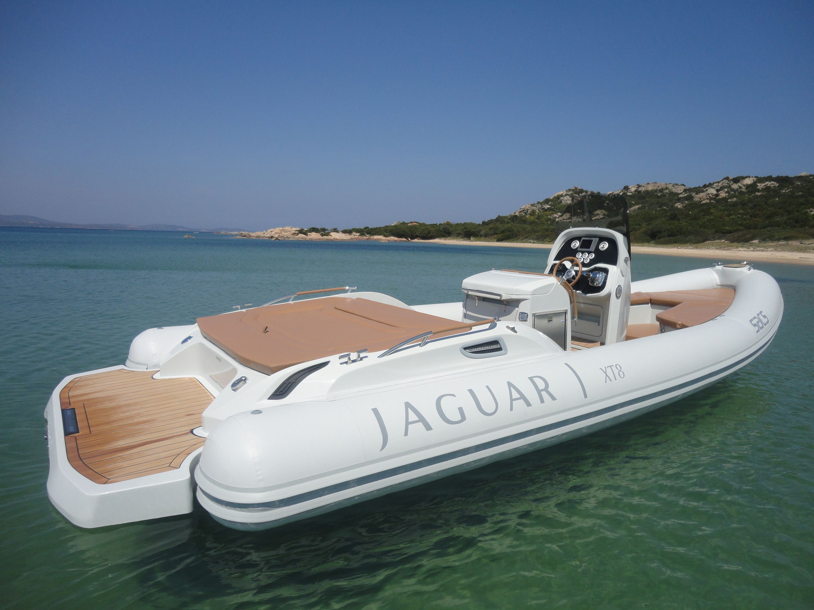 Gommone Rib Jaguar Xt8 Lusso E Sportivit 224 Per Navigare
